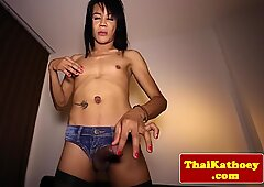 Tugging thai tgirl in stockings cums closeup