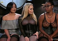 Ebony lesbian Lisa Tiffian gets her pussy stretched by two white chicks
