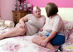 OldNannY Big Titted Mature Lesbians Eating Pussy
