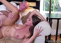 Japan old young Ivy impresses with her large titties and ass - Ivy Rose