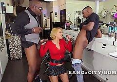 Mature woman Krissy Lynn interracial