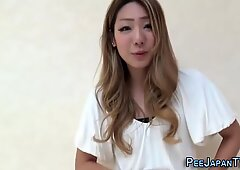 Asian skank urinates