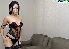 Lovely Amateur Teen in sexy Lingerie fingering and cumming on webcam