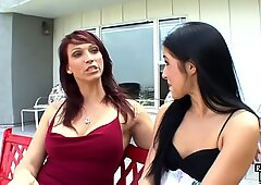 Redhead stepmom pussylicking and toying teen