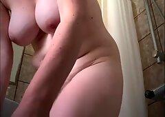 chubby milf tits after bath
