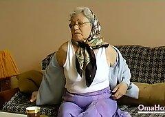 OmaHoteL Horny Grandma Toying Her Hairy Pussy