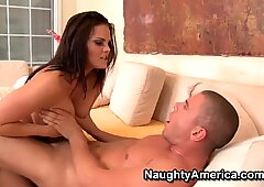 Mackenzee Pierce bangs with a handsome neighbour
