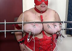 07-Aug-2017 Tit Torture of the slut slave'_s udders with needles and electro Part 2 of 2