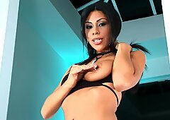 Spicy Latina Cassandra Cruz getting busy by herself at home