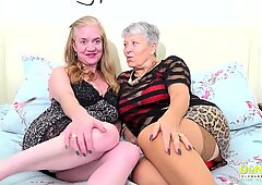 OldNannY Two Mature Babes Lesbian Licking Fun