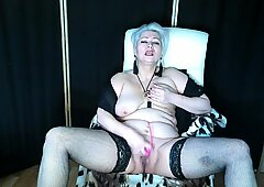 Mature slut AimeeParadise is the Queen of bitch orgasms .!.