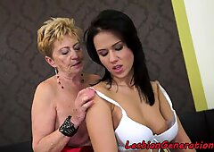 Chubby granny in les action with cute babe