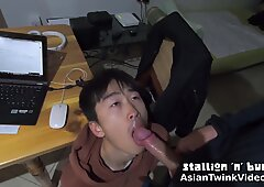 Cute Asian Boy Sucking His White Boyfriend At Home - AsianTwinkVideo.Com