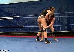 Eliska Cross and Lisa Sparkle have a hot cat fight