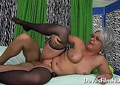 Busty grandma Kelly Leigh