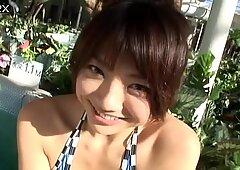 Sunbathing near the pool Hitomi Aizawa gets the way too horny