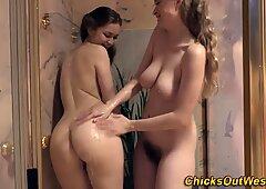 Kinky aussies rubbing pussy