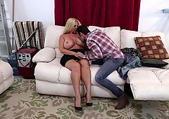 Tommy Pistol explodes his juices in Karen Fishers face