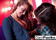 Dani Daniels scorching beaver munching Fun