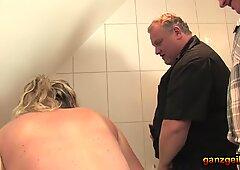 Bathtub orgy with bulky guys and horny German grannies