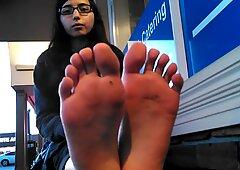 wondrous Indian lady soles Black Toes