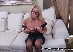 Canadian milf Bianca strips off and plays