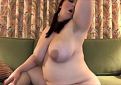 BBW MILF GeorgiasPeach Showing Her Armpit