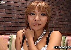 Glamorous Japanese hoe Hina Otsuka gets mouthful