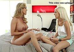Halle Von and Brandi Love at Mommy'_s Girl