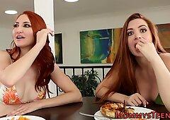 Teen lesbian squirting