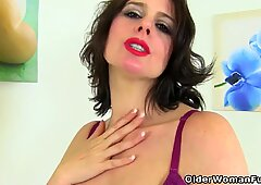 English milf Annabella Ford is teasing her lady bits