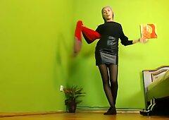 Muslimgirl in lovely leather skirt