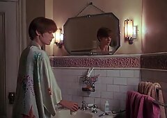 Bridget Fonda -   Single White-colored Female   03