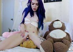 Horny Teen pummels Her cub grizzlies