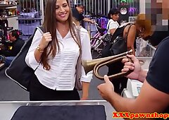 Pawning amateur blowing brokers horn for cash