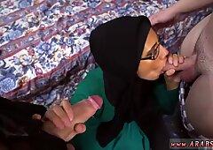 Teen amateur babe Desperate Arab Woman Fucks For Money